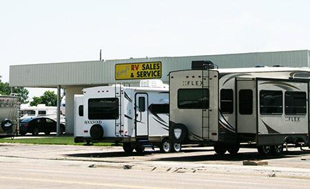 Larry's RV Sales and Service: North Platte, Nebraska - Complete RV